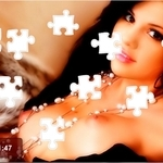 Play Nude Selena Gomez Sex Puzzle free sex game now!